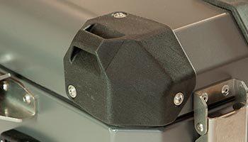 Bumot-Australia-Hard-Pannier-benefits-polyamide-nylon-corners